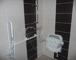 David Raspaud - Blanzat - Salle de bain pour handicapé
